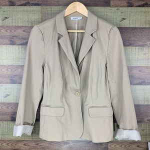 Ricki's summer blazer in camel with single button